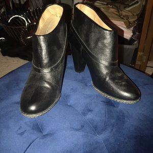 Black Merona booties size 9